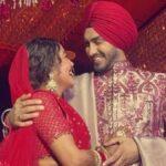 रोहनप्रीत संग सिंगर Neha कक्कड़ ने गुरुद्वारे में रचाई शादी, वायरल हुई तस्वीर